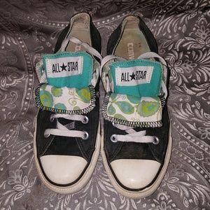 Converse Shoes - Women's size 6 double tongue Converse Chuck Taylor
